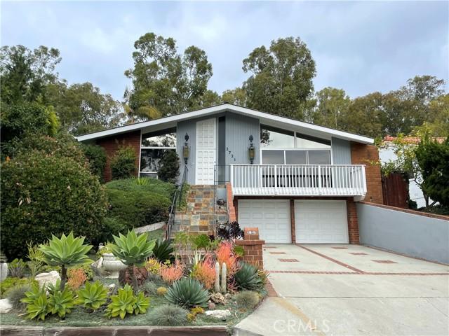 2721 Via Anita, Palos Verdes Estates, California 90274, 3 Bedrooms Bedrooms, ,2 BathroomsBathrooms,For Rent,Via Anita,SB21030513