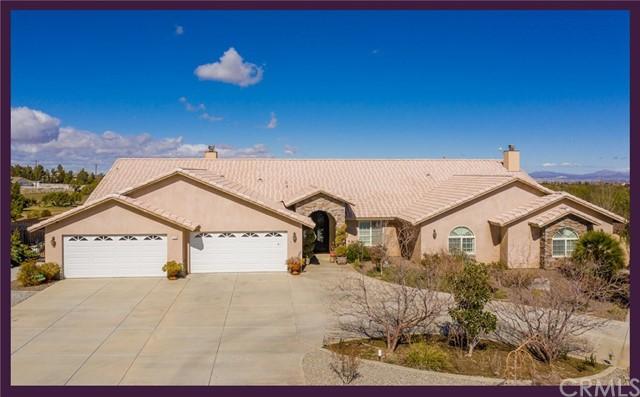 12290 Larch Street, Oak Hills, CA 92344