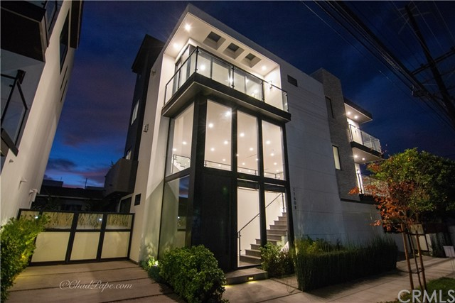 11608 Mississippi, West Los Angeles, CA 90025