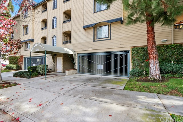 680 Grand Avenue 204, Long Beach, CA 90814