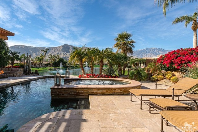 30 Fincher Way, Rancho Mirage, CA 92270