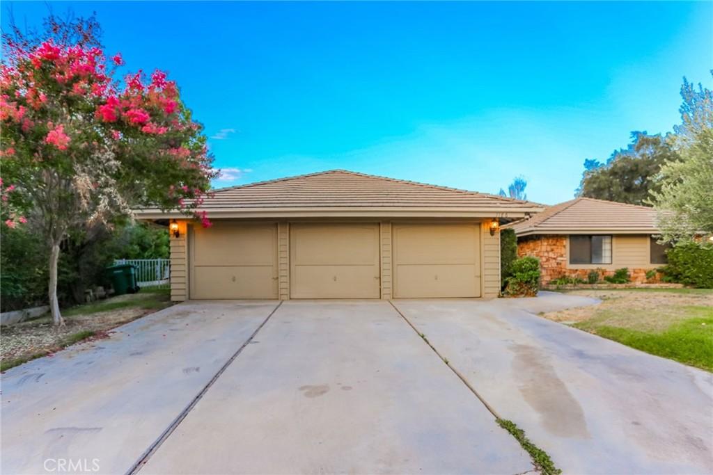 Photo of 1186 Fairway Lane, Calimesa, CA 92320