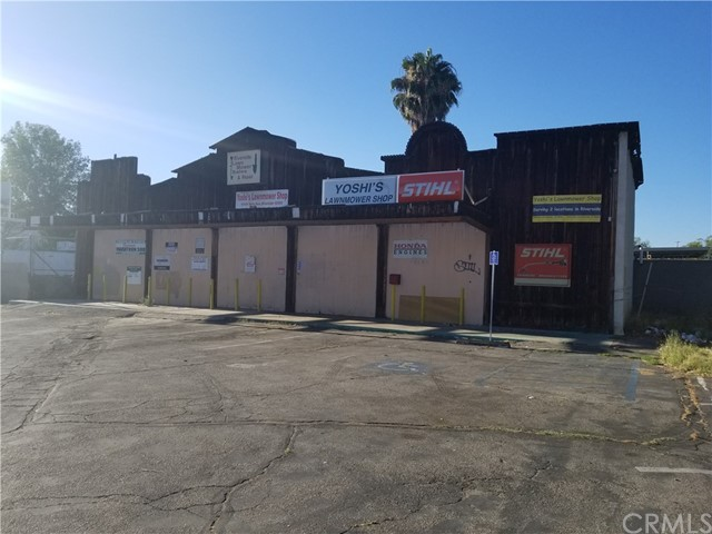 10181 Hole Avenue, Riverside, CA 92503