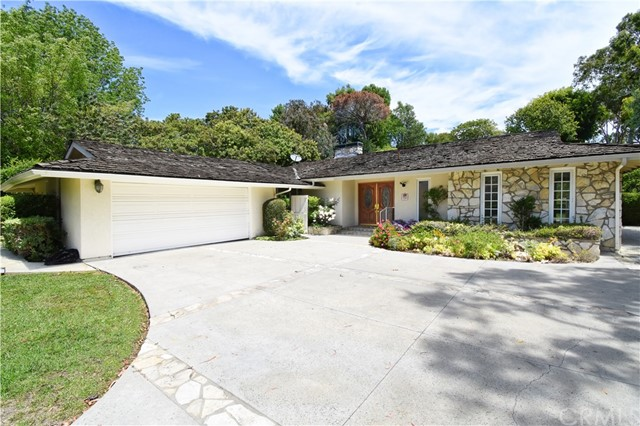 2 Vista Real Drive, Rolling Hills Estates, California 90274, 4 Bedrooms Bedrooms, ,1 BathroomBathrooms,For Sale,Vista Real,PV20048355