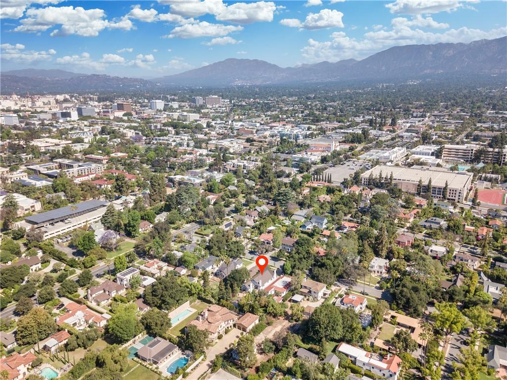 45. 1464 Oakdale Street Pasadena, CA 91106