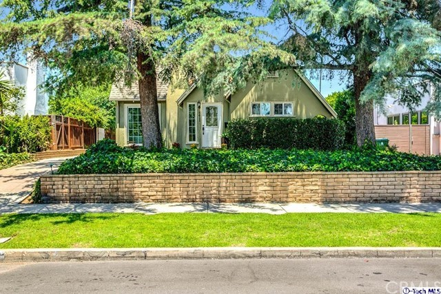 3411 Madera Avenue, Los Angeles, CA 90039