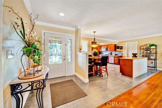 2315 E Parkside Avenue, Orange, CA 92867