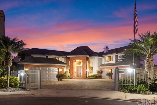 4661  Stellrecht Circle, Huntington Beach, California