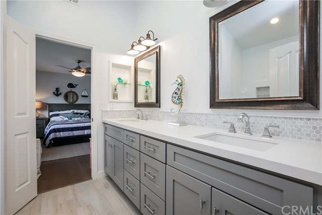 603 Sapphire Street, Redondo Beach, California 90277, 4 Bedrooms Bedrooms, ,3 BathroomsBathrooms,For Sale,Sapphire,SB21003706