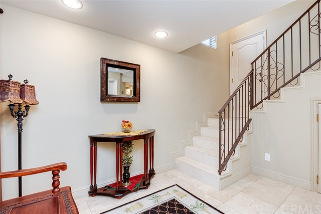 711 1st Place, Hermosa Beach, California 90254, 4 Bedrooms Bedrooms, ,3 BathroomsBathrooms,For Sale,1st,SB20215238
