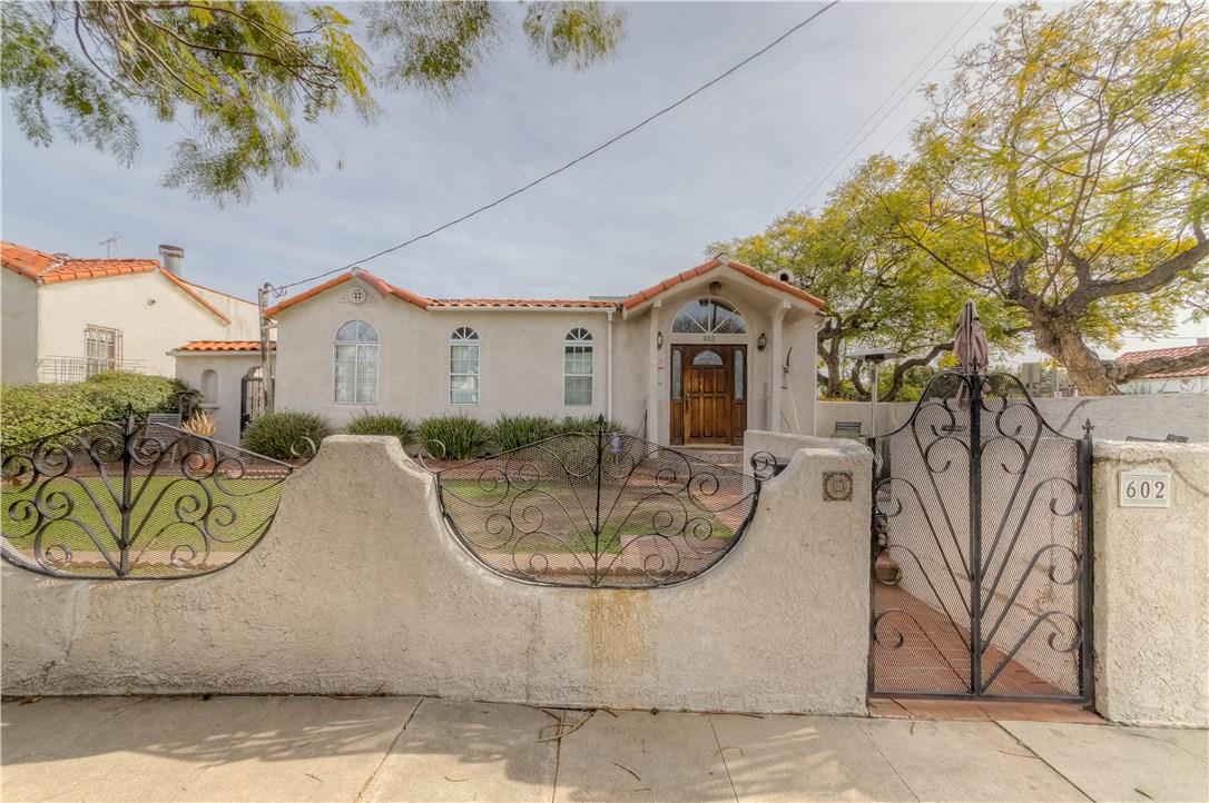 7425 Clinton Street, Los Angeles, CA 90036