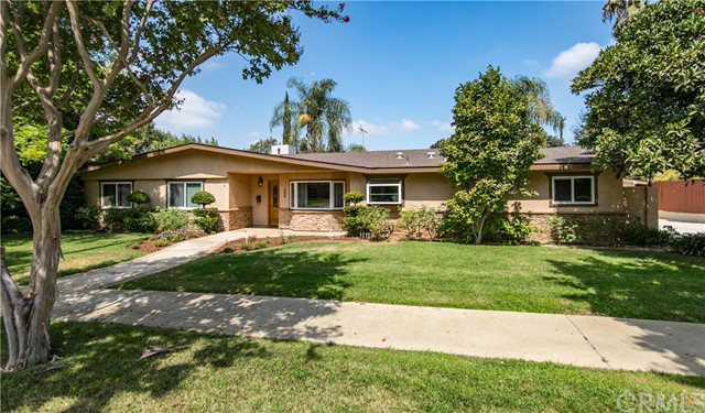 209 E South Avenue, Redlands, CA 92373