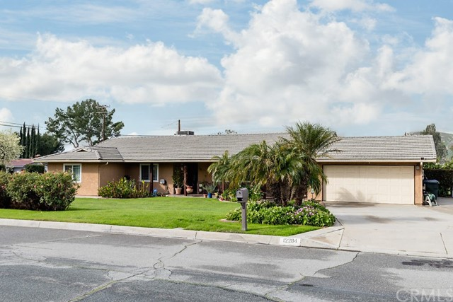 12284 Stonewood Drive, Grand Terrace, CA 92313