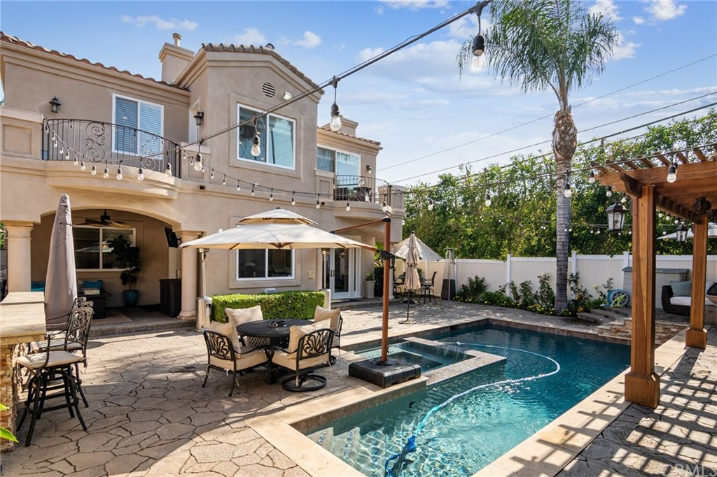Gorgeous backyard pool and spa. Great for entertaining.