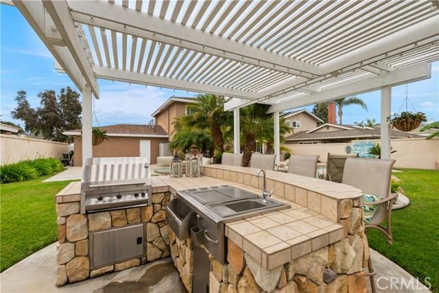 43. 2016 Calvert Avenue Costa Mesa, CA 92626