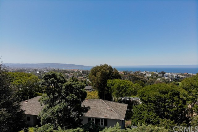 2840 Amby Place, Hermosa Beach, California 90254, 2 Bedrooms Bedrooms, ,2 BathroomsBathrooms,For Sale,Amby,SB19111786