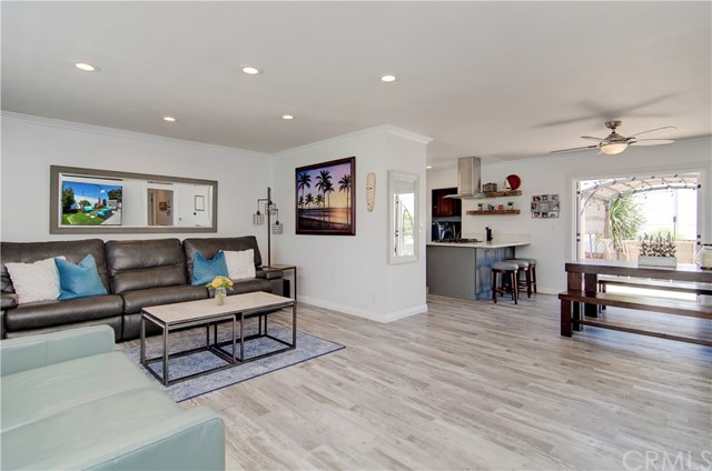 6091  Glenwood Drive, Huntington Beach, California