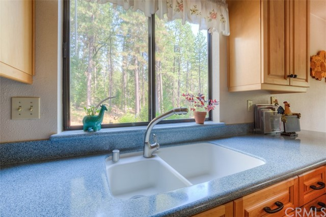 4724 Snow Mountain Wy, Forest Ranch, CA 95942 Photo 13
