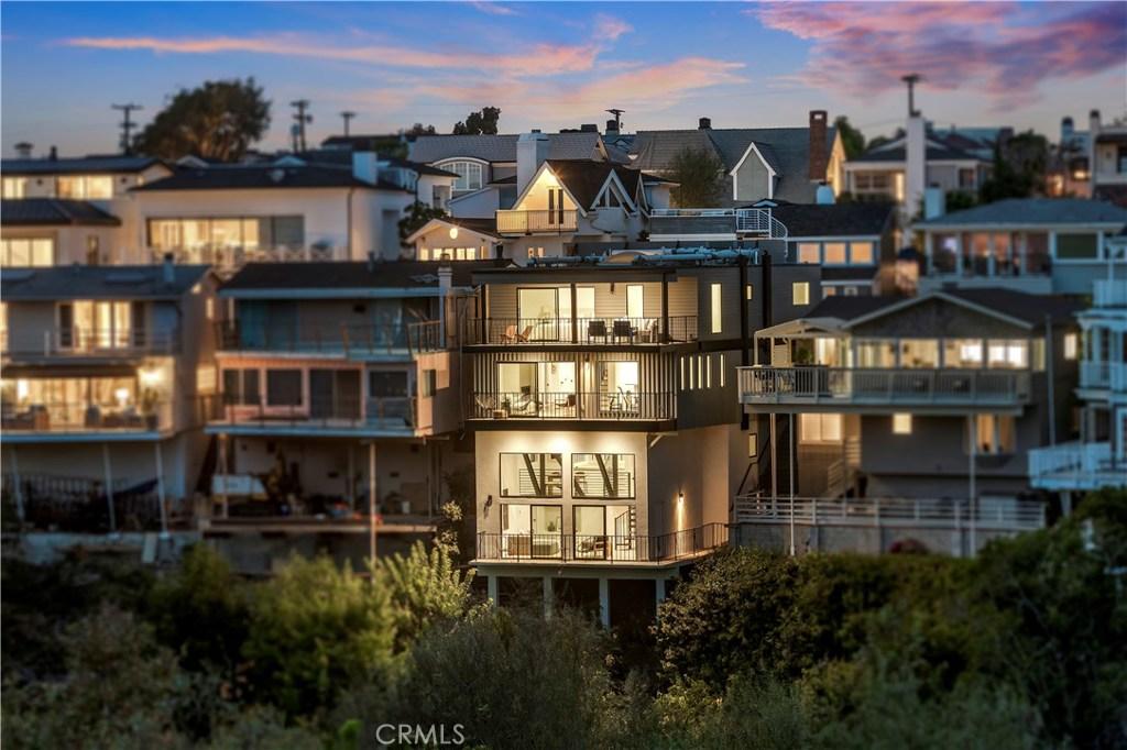 Homes for sale - 328 Hazel DR, Corona Del Mar, CA 92625 – MLS#NP202...