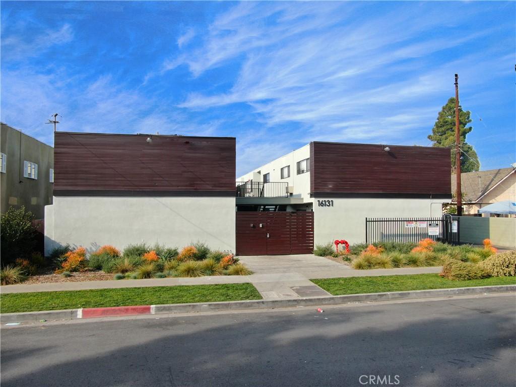 Photo of 16131 Eucalyptus Avenue, Bellflower, CA 90706