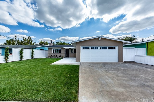2230 Avalon Street, Costa Mesa, CA 92627