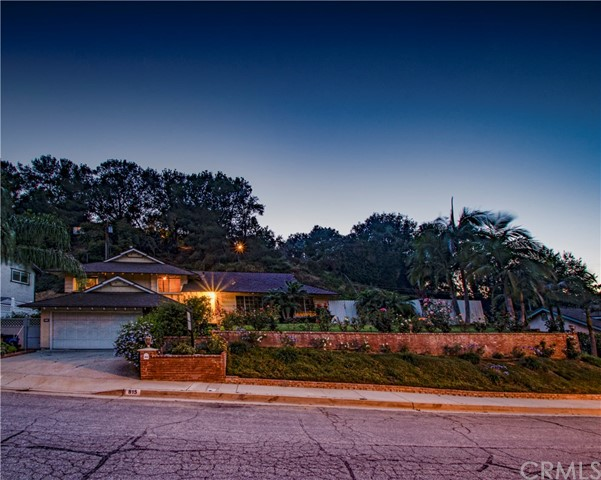 815 Puma Canyon Lane, Glendora, CA 91740