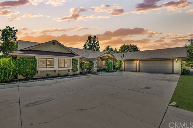 Photo of 42090 Granite View Drive, San Jacinto, CA 92583