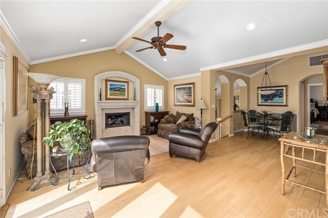 119 Juanita Avenue B, Redondo Beach, California 90277, 3 Bedrooms Bedrooms, ,2 BathroomsBathrooms,For Sale,Juanita,SB21081432