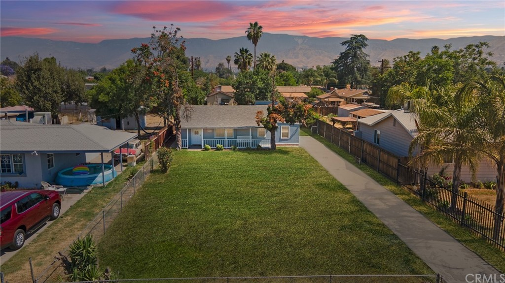 25562     Jane Street, San Bernardino CA 92404