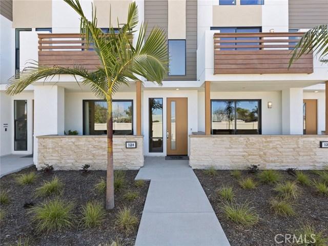 1684 Grand View 37, Costa Mesa, CA 92627