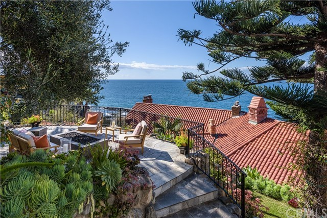 2529 S Coast Hwy | The Village (VIL) | Laguna Beach CA