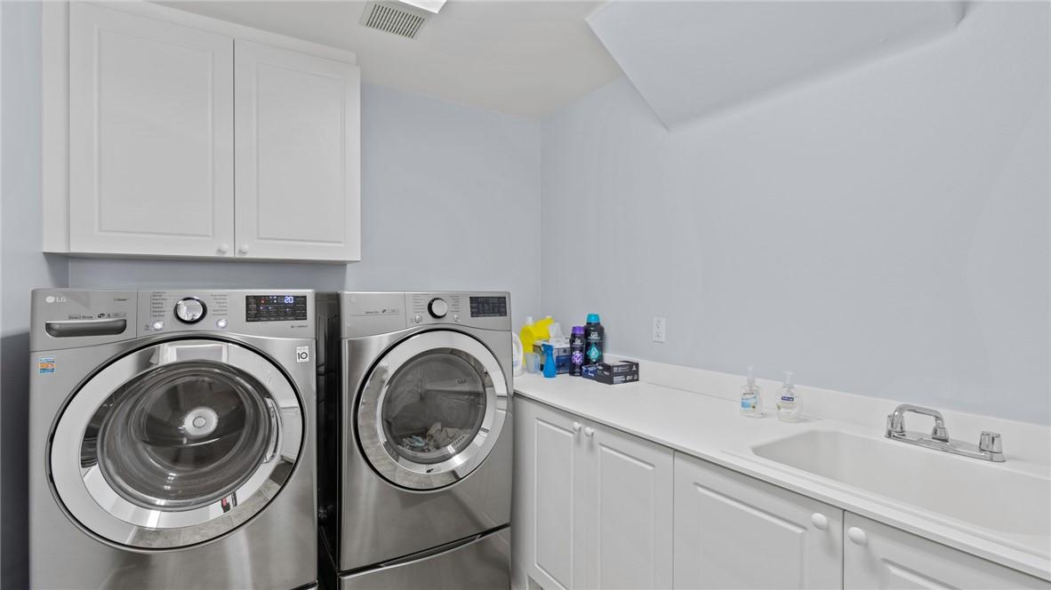 Llaundry Room