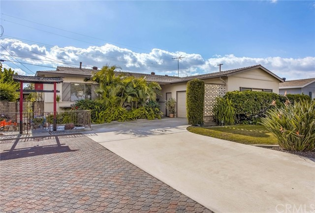1630 W Orangethorpe Avenue, Fullerton, CA 92833