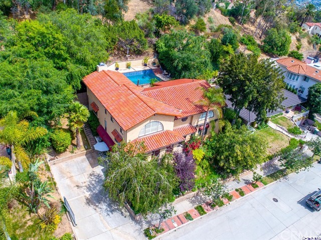 Photo of 1748 Hillcrest Drive, Glendale, CA 91202