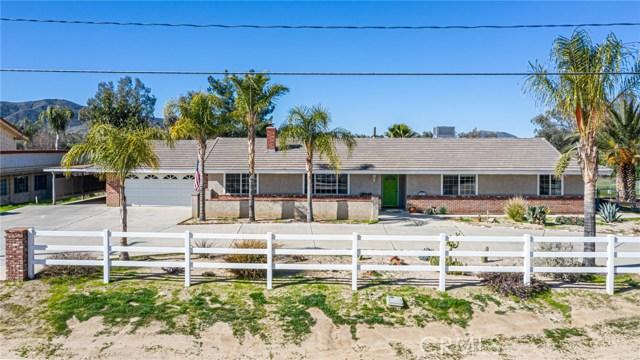 30435 Santa Fe Street, Hemet, CA 92543