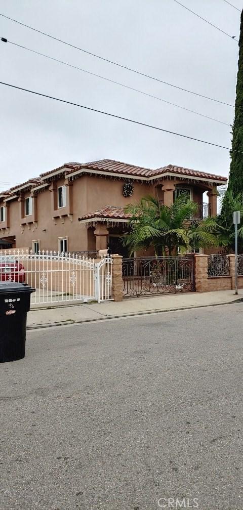 1445 S Sunol Drive, Los Angeles, CA 90023