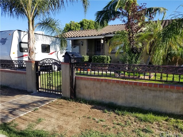 11552 College Avenue, Garden Grove, CA 92840