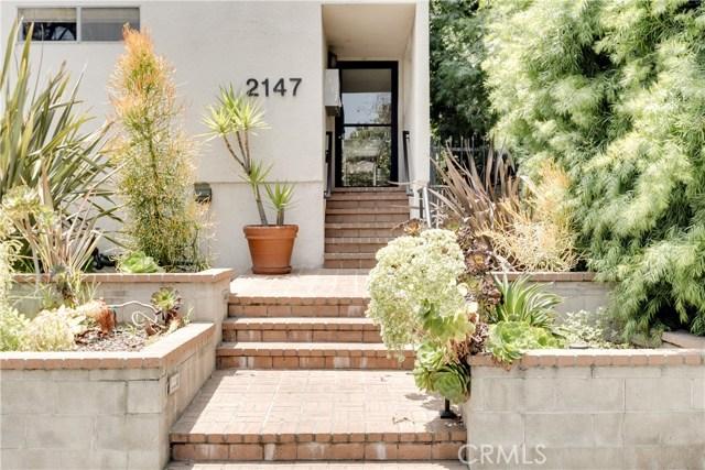 2147 N Beachwood Drive 3, Los Angeles, CA 90068