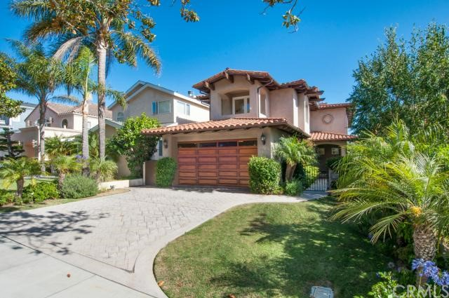 700 Avenue C, Redondo Beach, California 90277, 5 Bedrooms Bedrooms, ,5 BathroomsBathrooms,For Sale,Avenue C,SB14121083