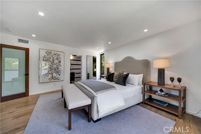 43. 2743 Laurel Canyon Boulevard Los Angeles, CA 90046