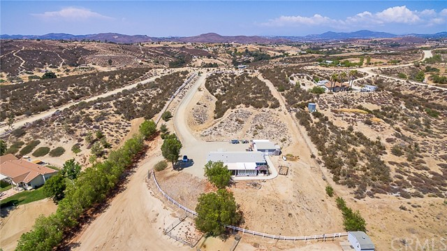 39335 Calle Segovia, Temecula, CA 92592 Photo 71