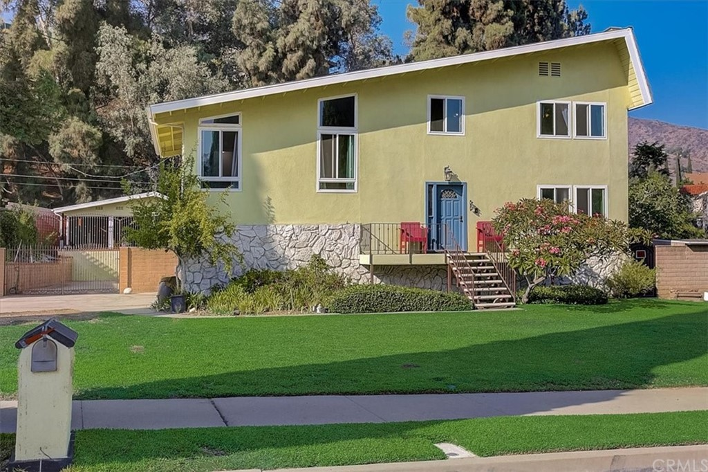 Photo of 543 Fernpark Drive, Glendora, CA 91741