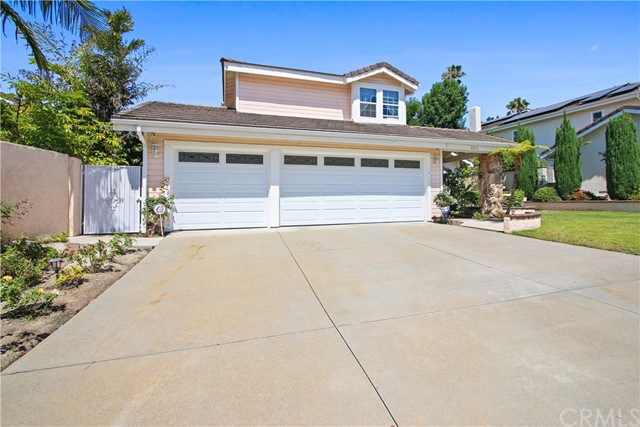 2. 22111 Elsberry Way Lake Forest, CA 92630