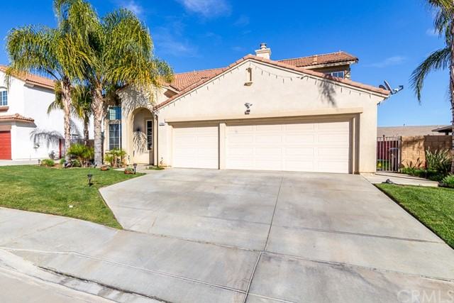 27064 Lone Star Way, Menifee, CA 92585