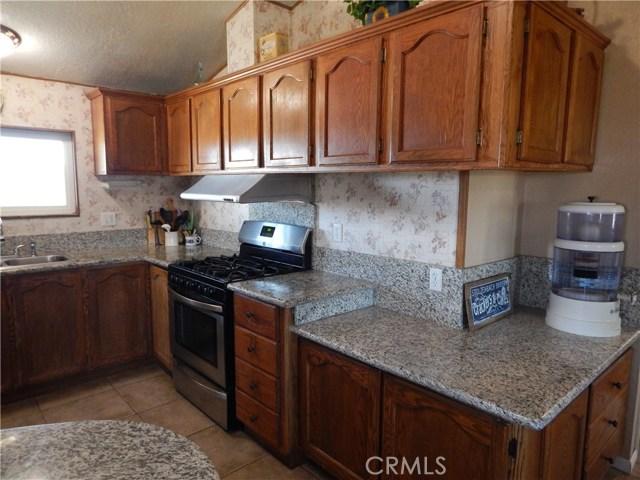 11024 Medlow Av, Oak Hills, CA 92344 Photo 24