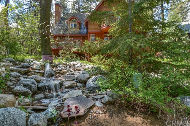 458 Sky View Ridge Drive, Lake Arrowhead, CA 92352
