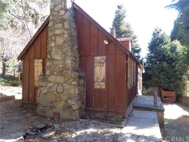 1177 Bear Springs Road, Rimforest, CA 92378