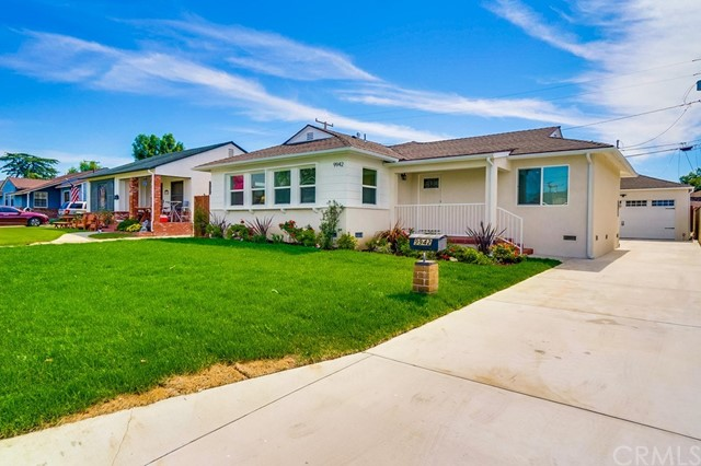 9942 Ceres Avenue, Whittier, CA 90604