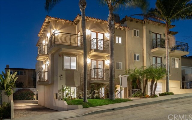 651 9th Street, Hermosa Beach, CA 90254