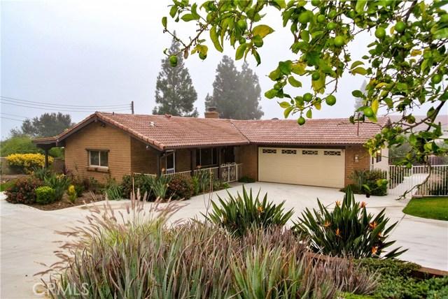 1739 E Fallbrook Street, Fallbrook, CA 92028